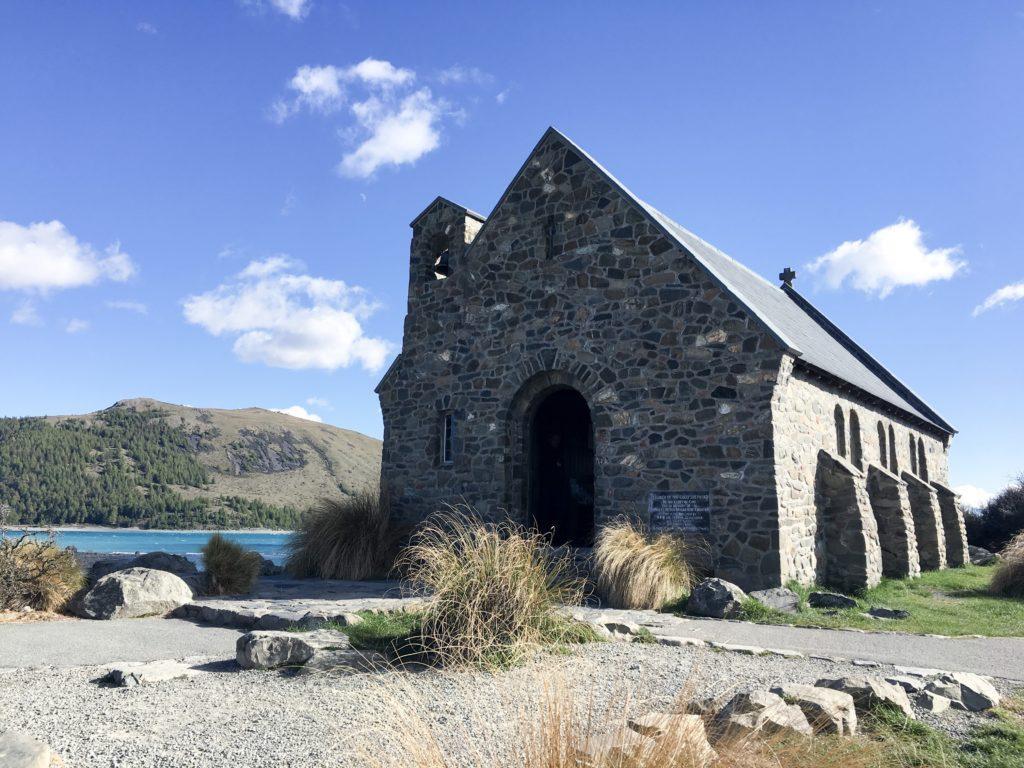 lake tekapo church wild kiwi
