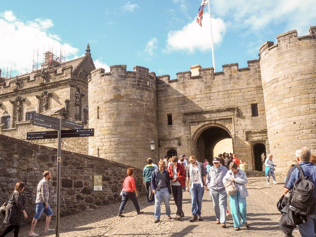 entrance to stirling castle scotland