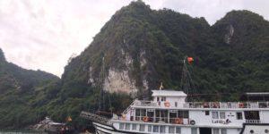 Ha Long Bay Boat Cruise